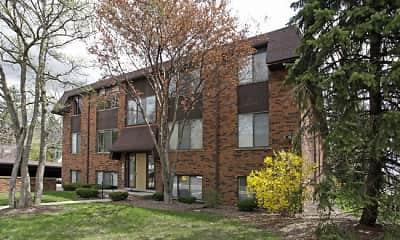 Building, Maplecrest Apartments, 2