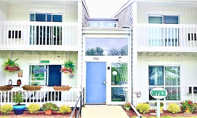 Cedar Green Apartments, 0