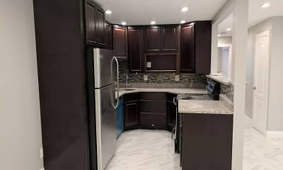 Kitchen, 1439 Willard Avenue, 0