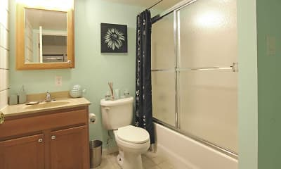 Bathroom, Hudson Harbour Apartments, 2