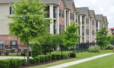 Building, Lafayette Gardens Luxury Apartments, 2