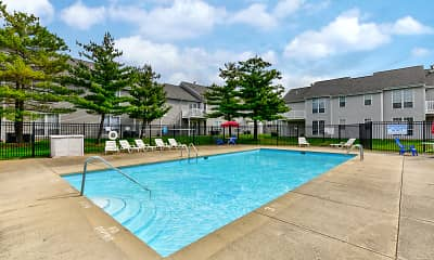Pool, Spinnaker Club East, 0