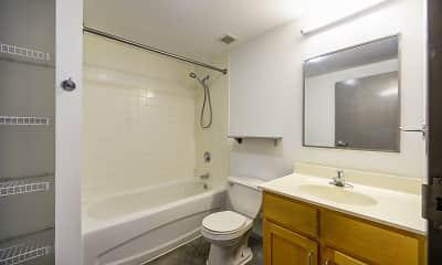 Bathroom, Rudman on the Park, 2
