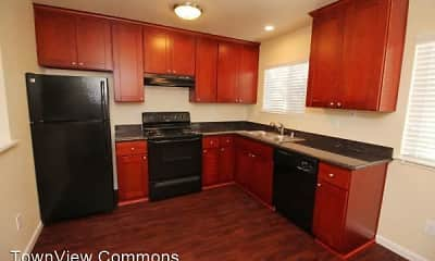 Kitchen, TownView Commons, 1