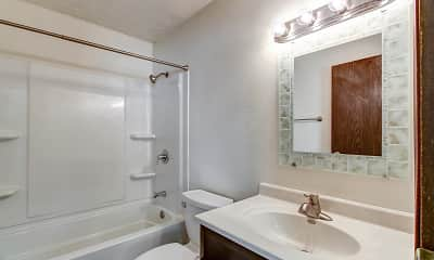 Bathroom, Cedarwood North, 2