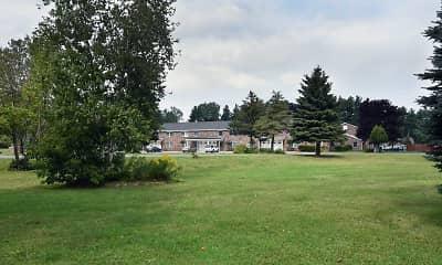 Building, Colonial Manor, 0