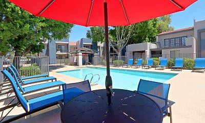 Pool, Rise Desert West, 2