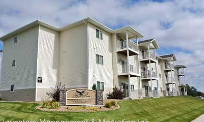 Building, Hawk Pointe Apartments, 0