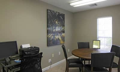 Dining Room, Forest Pointe Apartments, 1