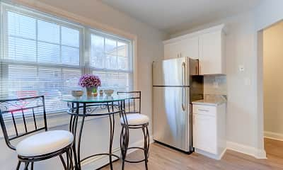 Kitchen, Eagle Rock Apartments At Woodbury, 1