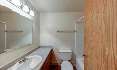 Bathroom, Broadway Center, 2