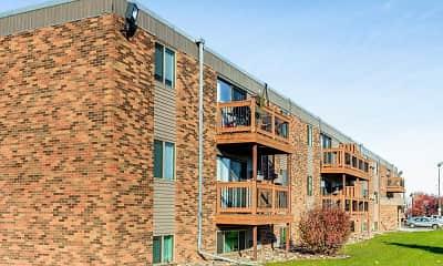 Building, Summerset Apartments, 1
