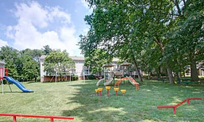 Playground, Piccadilly Apartments, 2