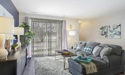 Living Room, Oaks At Hampton Apartments, 1