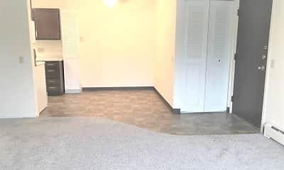 Living Room, Elkhorn Village Apts, 0