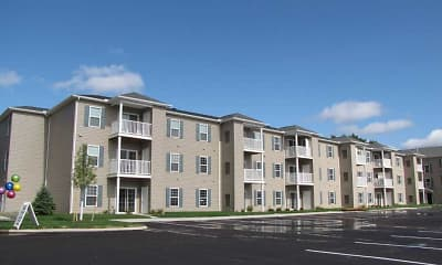 Building, Lorain Pointe Senior Apartments, 0
