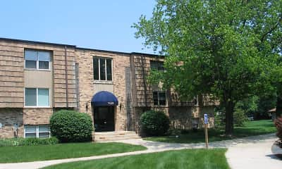 Aspen Pines Apartments, 2