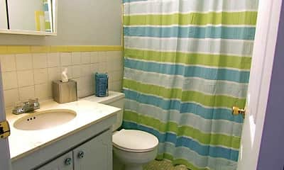 Bathroom, Sunridge Apartment And Townhomes, 2