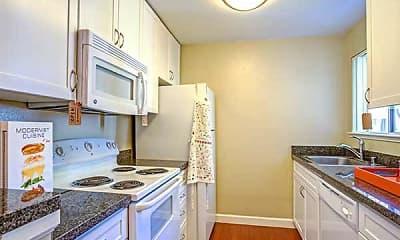 Kitchen, Timberleaf, 2