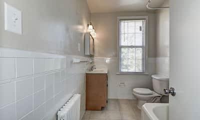 Bathroom, Chillum Manor, 2