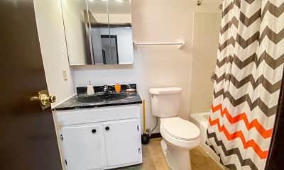 Bathroom, Capitol View, 2