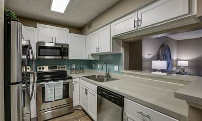 Kitchen, 33 East, 0
