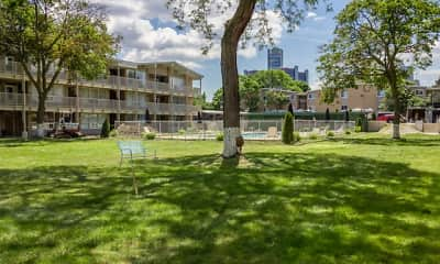 Central Park Apartments, 2