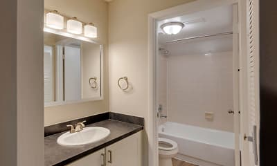 Bathroom, Hammock's Place Apartments, 2