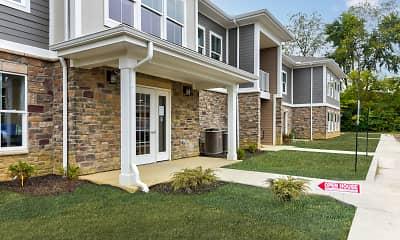 Building, Hawthorn Landing Apartments, 1