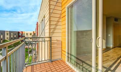 Patio / Deck, University Row, 2