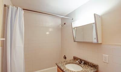 Bathroom, 222-230 Babcock St, 2