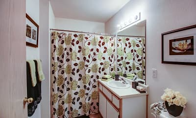 Bathroom, Pioneer Ridge, 2