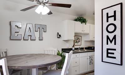 Kitchen, The Arbors Apartments, 2