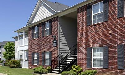 Building, Cross Creek Apartments, 0
