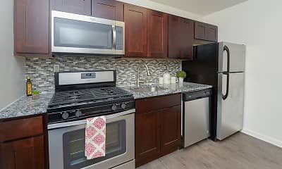 Kitchen, Duncan Hill Apartments & Townhomes, 1