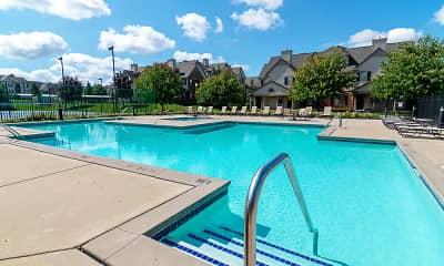 River Oaks Apartments, 1