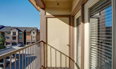 Patio / Deck, Highpointe Park Apartments, 2