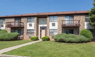 Building, Evergreen Meadows Apartments, 2