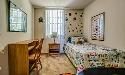 Bedroom, Walden Circle Townhouses, 2