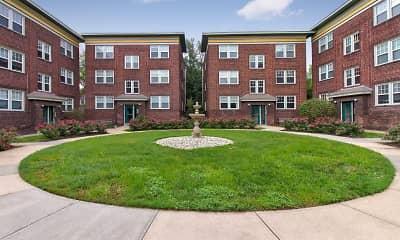 Building, Roanoke Court Apartments, 1