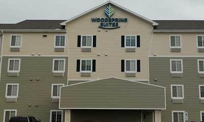 Building, WoodSpring Suites Williston, 2