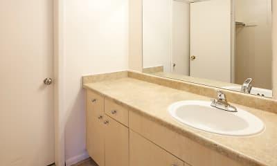 Bathroom, The Pines, 2