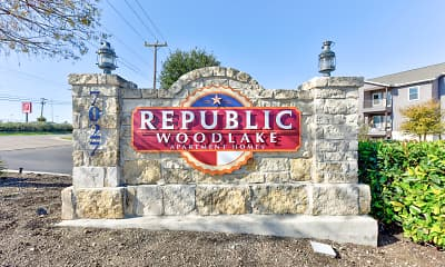 Community Signage, Republic Woodlake, 1