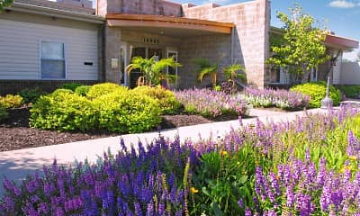 Landscaping, Hawthorne Place Apartments, 2