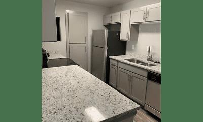 Kitchen, Magnolia Pointe at Madison, 2