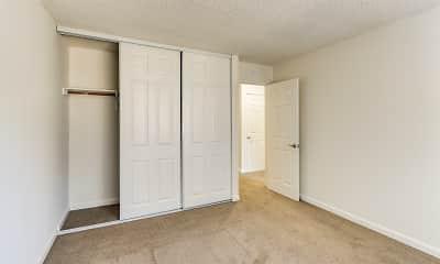 Bedroom, Cedartree Apartments, 2