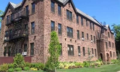 Building, Fairfield Courtyard at Woodmere, 1