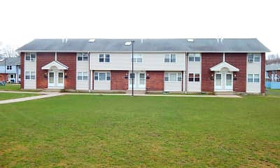 Building, Meadow Landing Apartments, 2