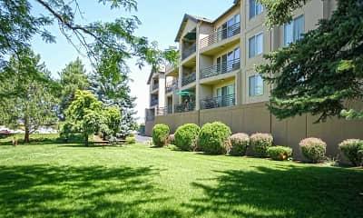 Building, River Walk Apartments, 1