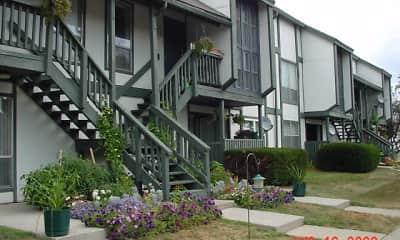 Building, Fountainhead Apartments, 2